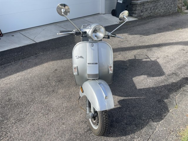 Genuine scooter company Stella scooter